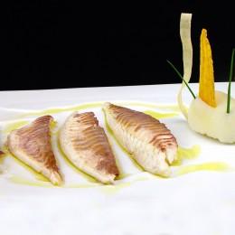 Dorada a la sal con aceite de limón